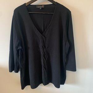 2/$18 Laura Plus / Black / V-neck / Sweater